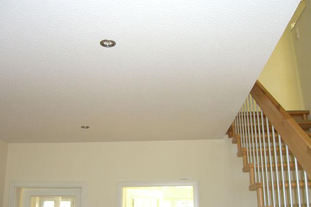 in der decke im eingangsbereich wurden spots eingebaut die entstehung der residenz nikolai. Black Bedroom Furniture Sets. Home Design Ideas